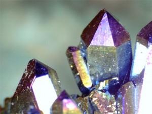 batu kristal titanium