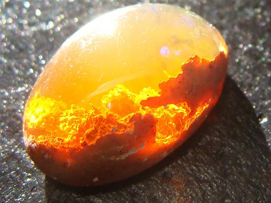 jenis batu kristal opal