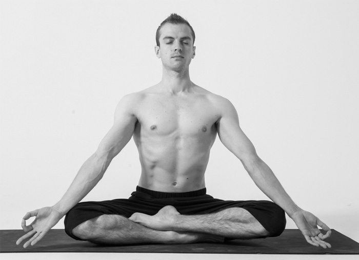 meditasi pernafasan siddhasana