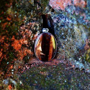 batu kristal elf