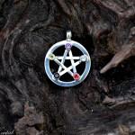 batu kristal pentagram